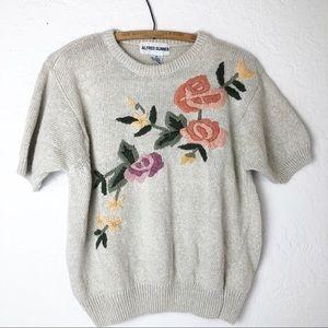 Vintage embroidered short sleeve floral sweater M